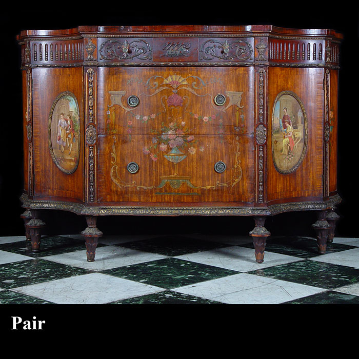 Important pair of satinwood Chippendale style Commodes