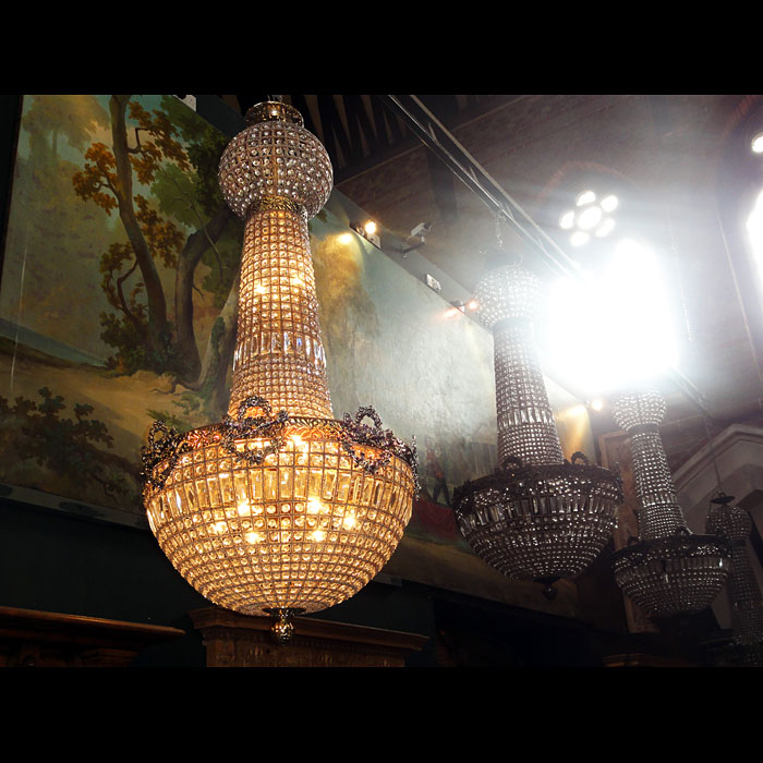 A 20th century Mongolfier crystal bag chandelier
