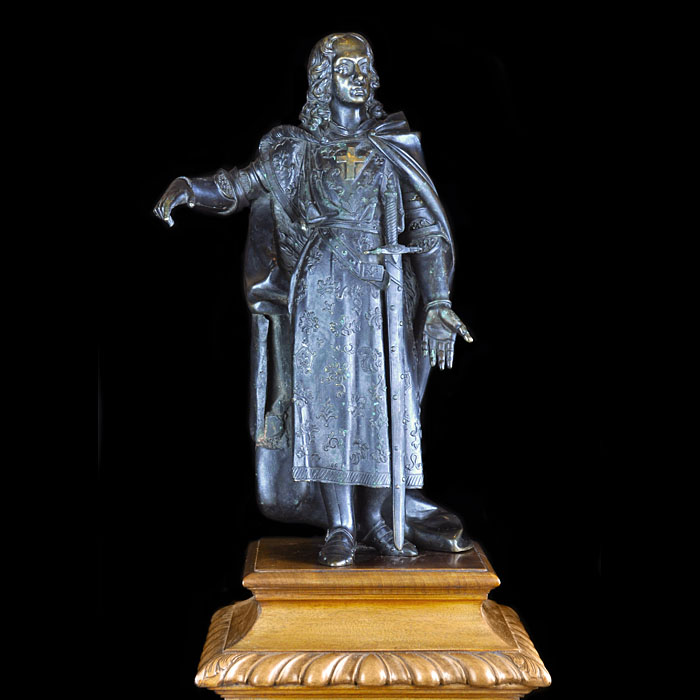 12679: A LARGE BRONZE FIGURE OF A KNIGHT CRUSADER OF THE HOLY ROMAN EMPEROR. Mid 19th century.