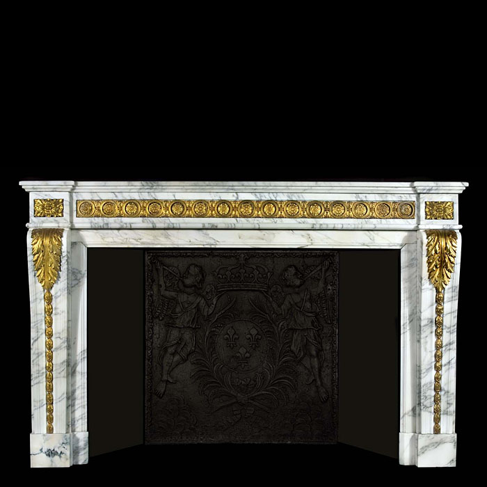 A Louis XVI Antique Carrara Grigio Curva Marble Cheminee Fireplace Surround