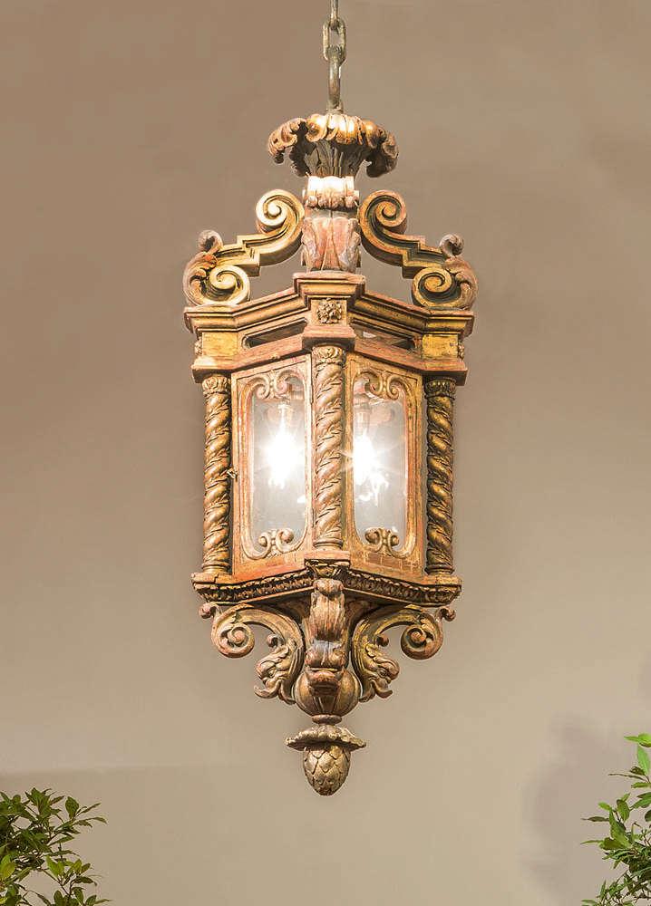 Ein italienischer barock große vergoldetem holz laterne