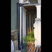 9998: 4 + 2 cast iron columns....  Link to:  Antique Columns, Plinths, Pedestals and Towers